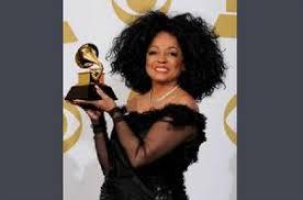 戴安娜·罗斯(Diana Ross)在今晚的纪录片/娱乐节目《离开梦幻岛》中表示支持迈克尔·杰克逊